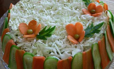 آموزش تزئین سالاد فصل به صورت قالبی, تزئین سالاد